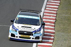 BTCC Race report Brands Hatch BTCC: Turkington dominates opening race of finale