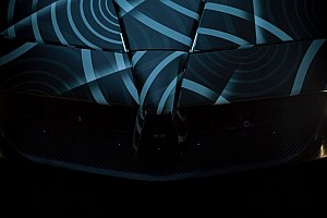 Automotive Nieuws Pagani geeft eerste teaser Huayra Roadster vrij