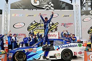 NASCAR XFINITY Reporte de la carrera Elliot triunfa y empata en el líderato de Xfinity a Suárez
