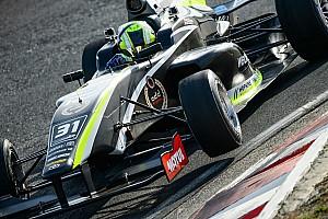 Другие Формулы Новость Норрис вновь победил, у Маркелова проблемы