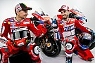 Galéria a Ducati 2017-es motorjáról: Lorenzo pirosban!
