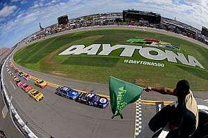 NASCAR Sprint Cup Breaking news NASCAR announces 2017 national series schedules