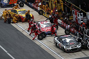 NASCAR Sprint Cup Analysis Is Kevin Harvick losing the battle on pit road?