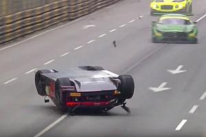 جي تي تقرير السباق جي تي: فانتور يُتوّج بكأس العالم في ماكاو رُغم تعرّضه لحادثٍ ضخم وانقلاب سيارته في الهواء
