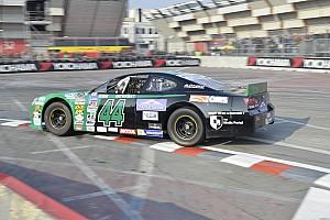 Prodotto Gara Motor Show, Alberto Cola vince il Trofeo per le Nascar Whelen
