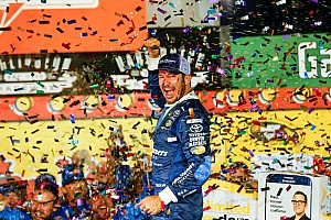 NASCAR Sprint Cup Race report Truex shakes bad luck, wins Southern 500 at Darlington
