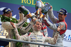 LMP1 podium: class and overal winners #2 Porsche Team Porsche 919 Hybrid: Romain Dumas takes a champagne shower