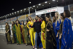 Grid girls with Mehdi Bennani, Sébastien Loeb Racing, Citroën C-Elysée WTCC