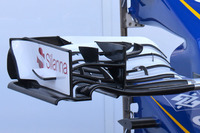 Formula 1 Photos - Sauber C35 nose detail