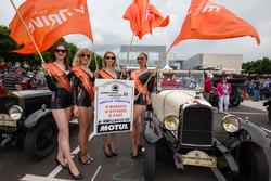 G-Drive Racing girls