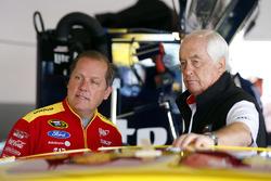 Team owner Roger Penske, Todd Gordon, crew chief for Joey Logano, Team Penske Ford