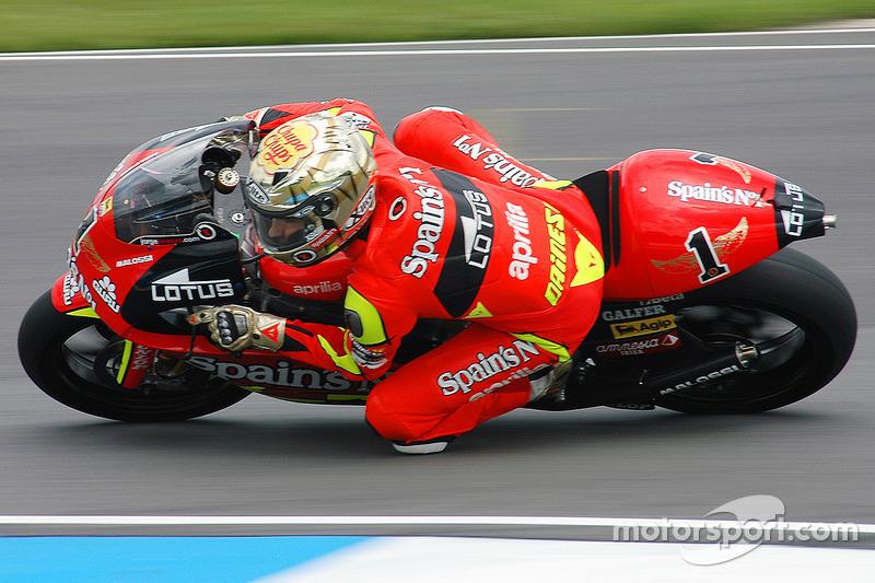 moto2-250cc-donington-park-2007-jorge-lo