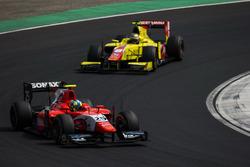 Jimmy Eriksson, Arden International leads Sean Gelael, Pertamina Campos Racing