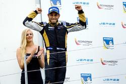 Race winner Roy Nissany, Lotus