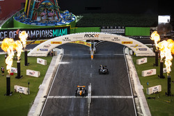 Team Germany Sebastian Vettel, beats Team Colombia Juan Pablo Montoya, driving the Ariel Atom Cup