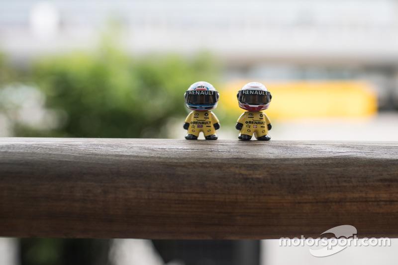 little Renault F1 driver