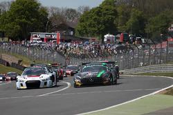 Start: #86 HTP Motorsport Mercedes AMG GT3: Jules Szymkowiak, Bernd Schneider leads