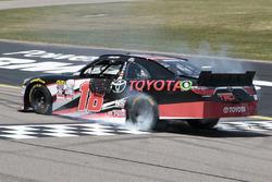 Race winner Sam Hornish Jr., Joe Gibbs Racing Toyota