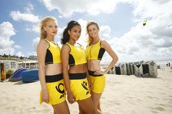 Grid girls on the beach