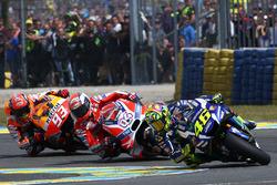 MotoGP 2016 Motogp-french-gp-2016-valentino-rossi-yamaha-factory-racing-andrea-dovizioso-ducati-team-m