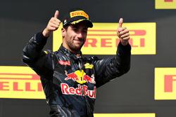 Podium: third place Daniel Ricciardo, Red Bull Racing
