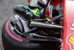 The damaged Ferrari SF16-H of Sebastian Vettel
