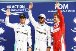 Temporada 2016 F1-italian-gp-2016-qualifying-top-three-in-parc-ferme-l-to-r-second-place-nico-rosberg-mer