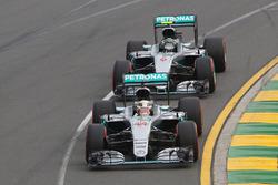 Lewis Hamilton, Mercedes AMG F1 Team W07 leads team mate Nico Rosberg, Mercedes AMG F1 Team W07