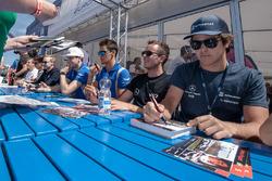 Autograph session, Pedro Piquet, Van Amersfoort Racing Dallara F312 - Mercedes-Benz