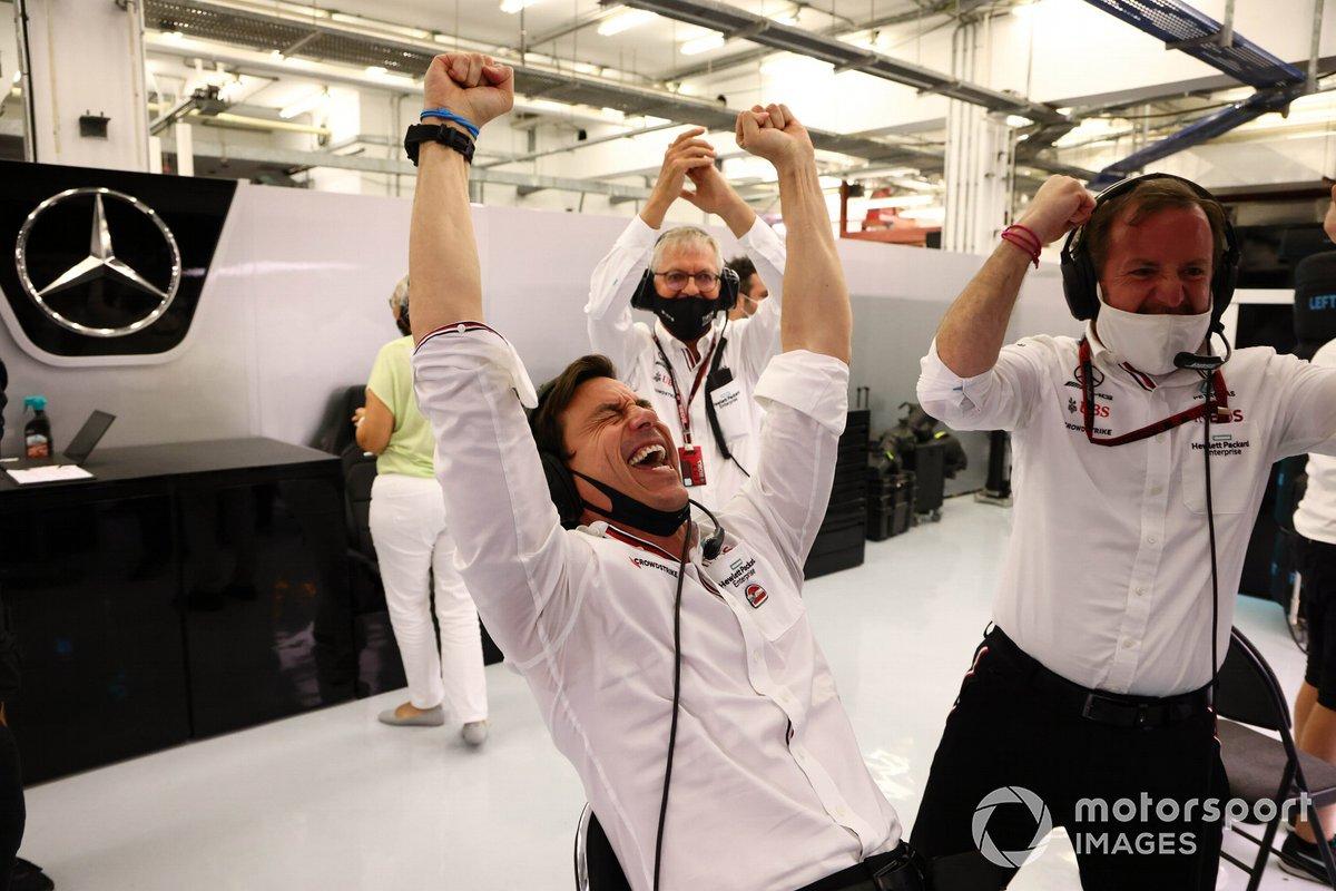 Toto Wolff, Executive Director (Business), Mercedes AMG, celebrates Hamilton's Bahrain GP win