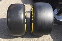 Formula 1 Photos - Pirelli tyres comparison