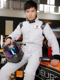 Ma Qing Hua tests an Arrows F1