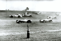 IndyCar Photos - Crash Jerry Unser