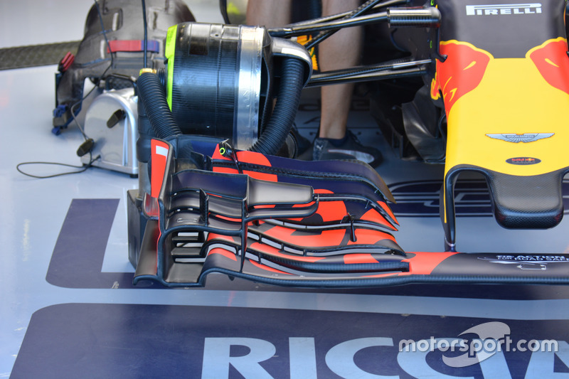 Red Bull Racing RB12, Front wing detail