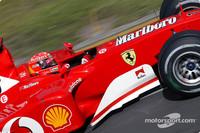 Schumacher on pole for Australian GP