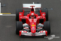 Schumacher tops last day of testing