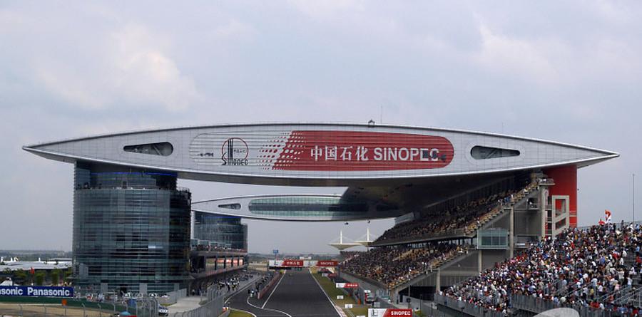 Barrichello wins inaugural Chinese GP