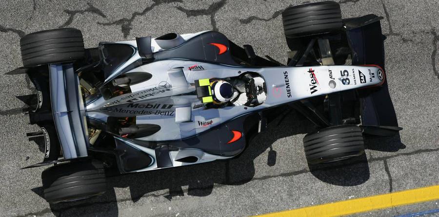 De la Rosa stays fastest on Spanish GP Friday