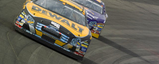 Kenseth pulls down the win in California
