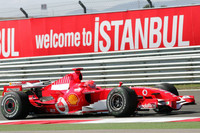 Schumacher top in Turkish GP last practice