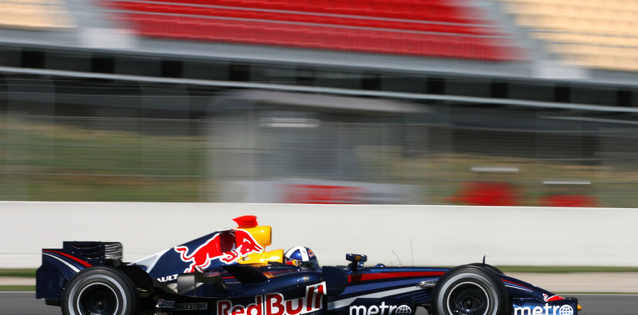 Coulthard ends Barcelona test on top