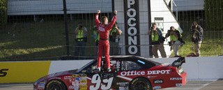 Edwards weathers the delay to win Pocono
