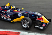 Vergne outclasses rivals at Thruxton