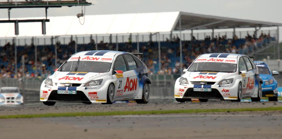 Hot championship battle heads to Scotland