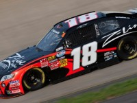 Busch gets first Nationwide win at Darlington