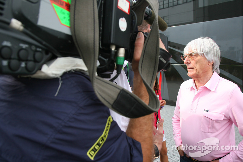 Gribkowsky lawyers asks for F1 scandal to end