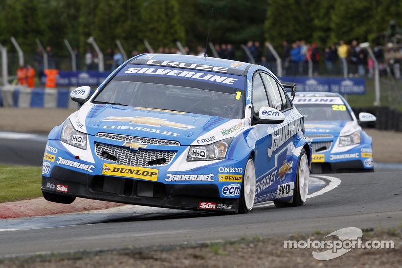 Series Rockingham qualifying report