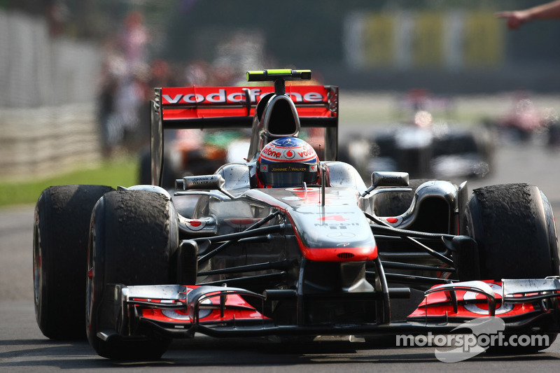 Ferrari and Button eye deal for 2013 - report