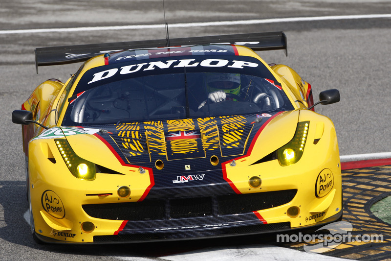 James Walker heads to Estoril finale