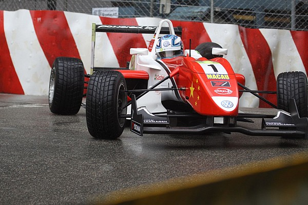 Wittmann claims Macau GP pole at the flag